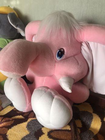 Игрушка / слон / большая игрушка