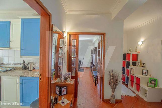 Apartamento T3 com Varandas e Garagem | Aveleira | 15 minutos de Coimb