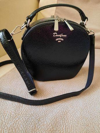 Черная сумка David Jones новое состояние.