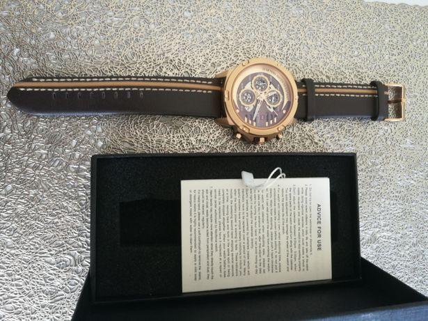 Super okazja, bardzo ładny męski zegarek, kontakt tylko telefoniczny.