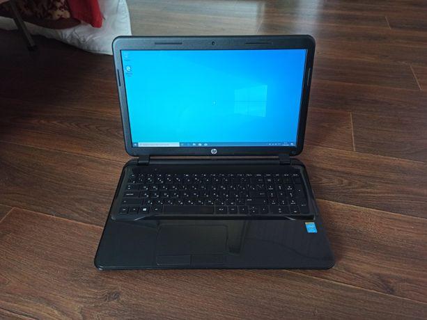 Ноутбук HP 15-d053sr с 8 Гб ОЗУ и лицензионной Windows 10 Pro