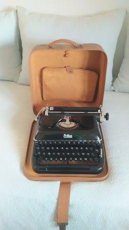 Máquina de escrever 1957 Erika mod. 10