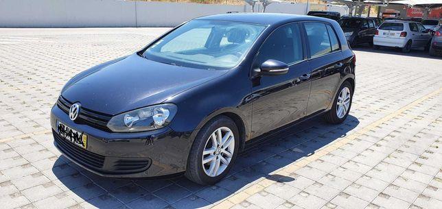 VW Golf 2.0 TDI em excelente estado