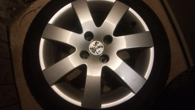 Alufelgi z oponami Peugeot 4x108 R16 ładne
