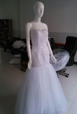 Абсолютно новое свадебное платье