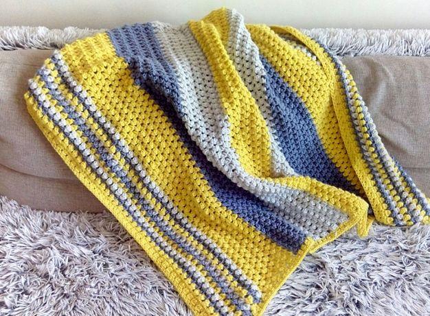 Rękodzieło - Kocyk szydełkowy żółto-niebiesko-szary 100x130