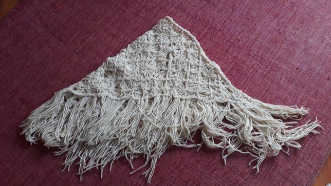 Xaile de Lã Feito à Mão