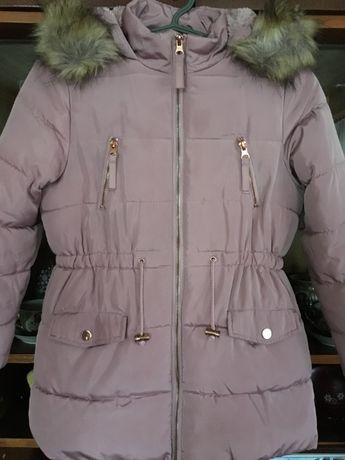 Куртка-парка зимняя для девочки 7-9 лет.