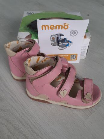 Кожаные ортопедические босоножки для девочки Мемо