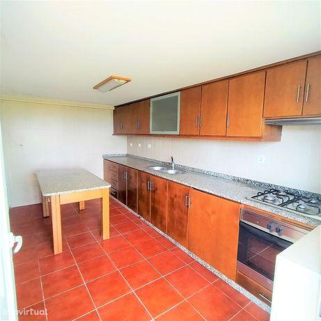 Moradia para Restaurar T3 Venda em Recezinhos (São Mamede),Penafiel