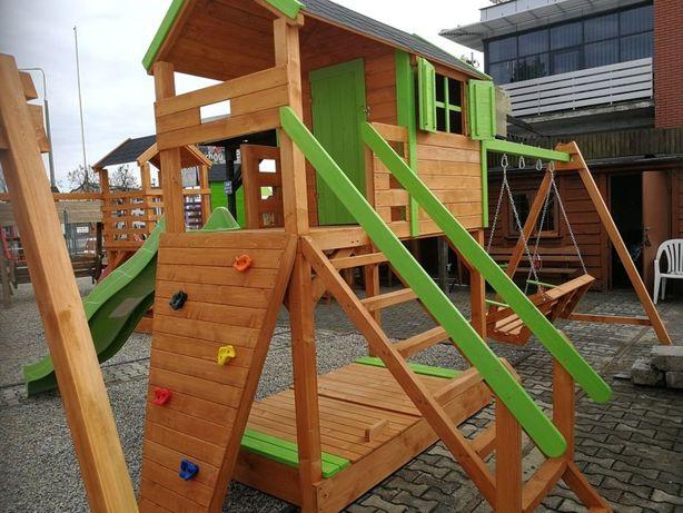 Plac zabaw,domek dla dzieci,huśtawka,zjeżdzalnia,meble ogrodowe.