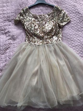 Sukienka tiulowa z cekinami Chi Chi London