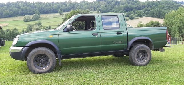 Nissan Navara Pickup D22 4x4