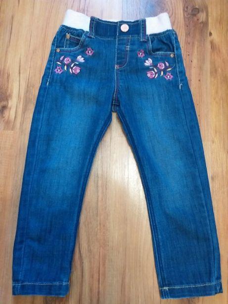 Фирменные джинсы F&F на девочку