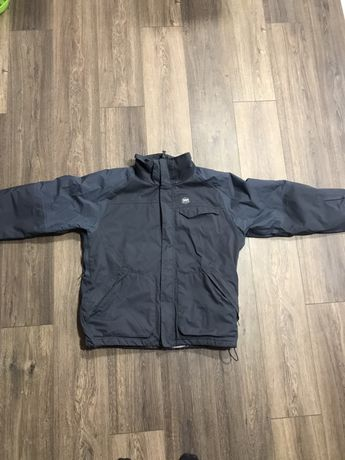Куртка Helly Hansen оригинал размер L