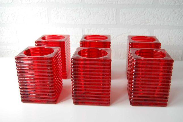 Świecznik szklany czerwony