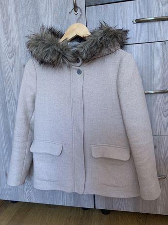 Пальто ZARA куртка утеплена