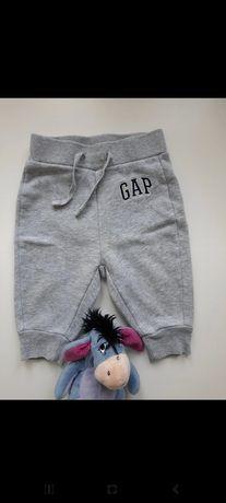 Spodnie GAP R. 62-68