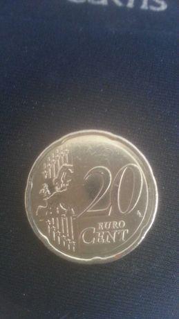 Vendo duas moedas de 20 centimos com defeito no eixo
