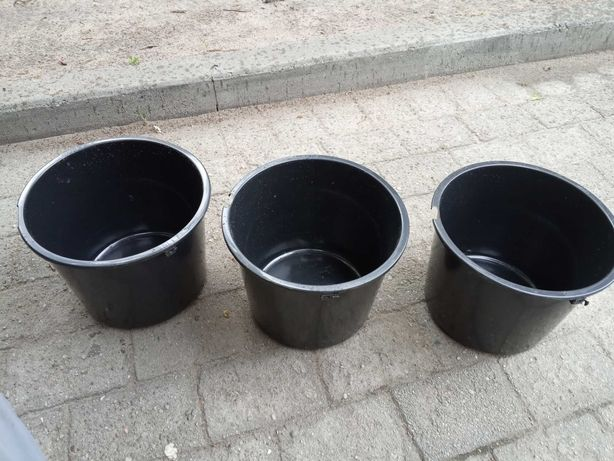 Doniczki plastikowe 12 litrów Wiaderko