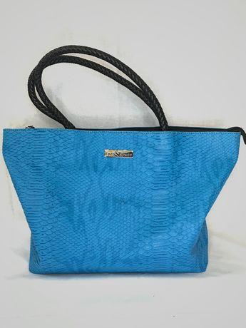 Брендова жіноча сумка