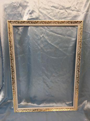 Продам рамы для картин из пластикового багета