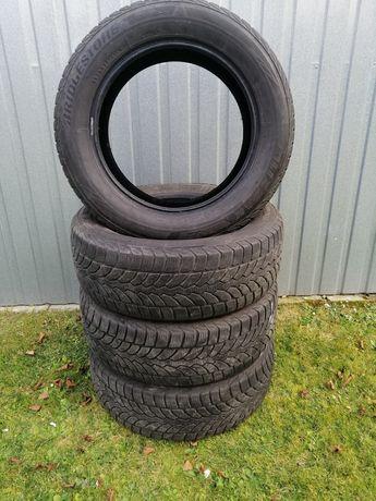 Opony zimowe Bridgestone 205/60R16 4 szt.