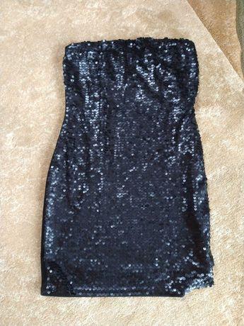 Sukienka mała czarna sylwestrowa elegancka
