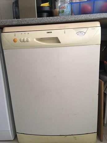 Máquina de louça