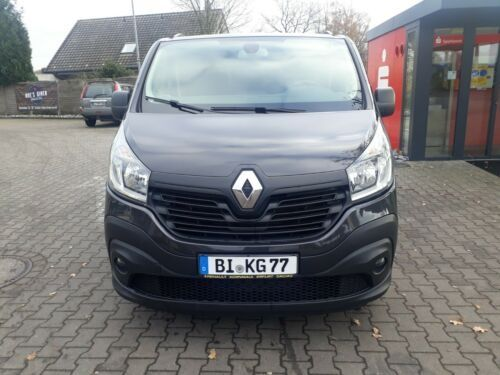 Renault Trafic Combi L1H1 2,7t Expression 9-мест 2015 1.6 CDTI