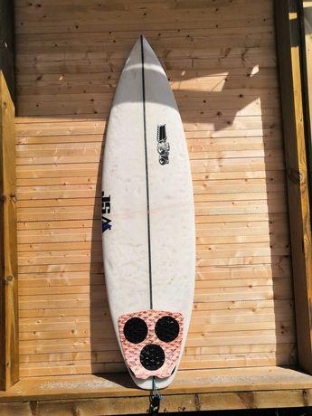 Prancha de surf 5'11 shortboard JS surfboard