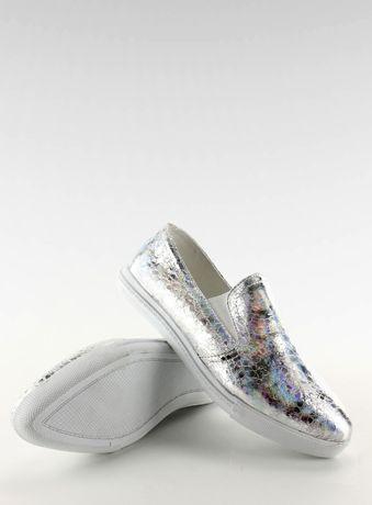 Buty slip on srebrne połyskujące r.39