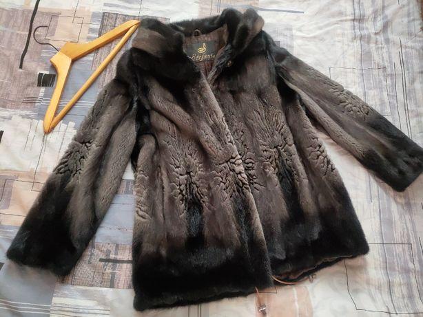 Норковая шуба 42-44 с капюшоном Stefania
