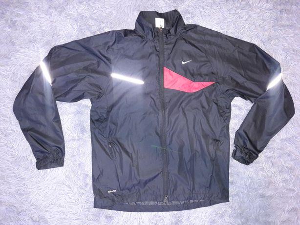 Nike czarna damska szwedka sportowa r. M