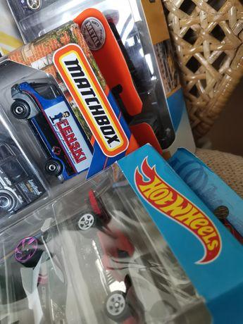 Машинки игрушки Hot Wheels Хот Вилс