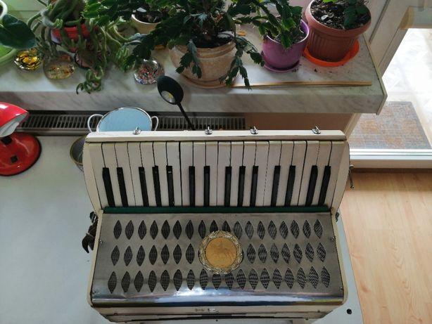 Akordeon niemiecki HESS, akordeon