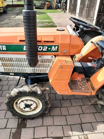 Minitraktor kubota  iseki