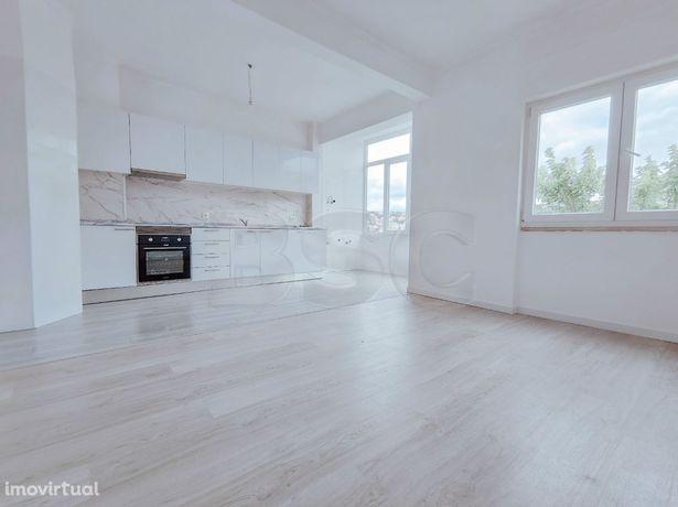 Apartamento T2 à venda em Odivelas