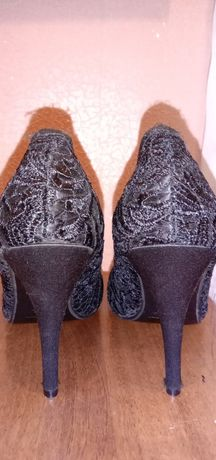 Продам Новые туфельки