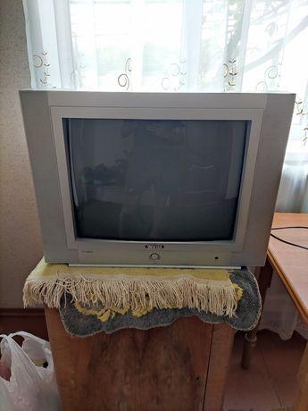 Телевізор west T-2104SK.Мікровоновка.