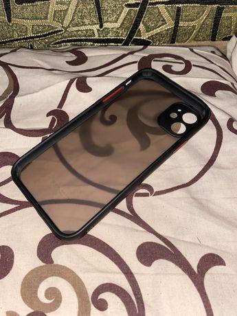 Чехол на Iphone 11 (120 грн)