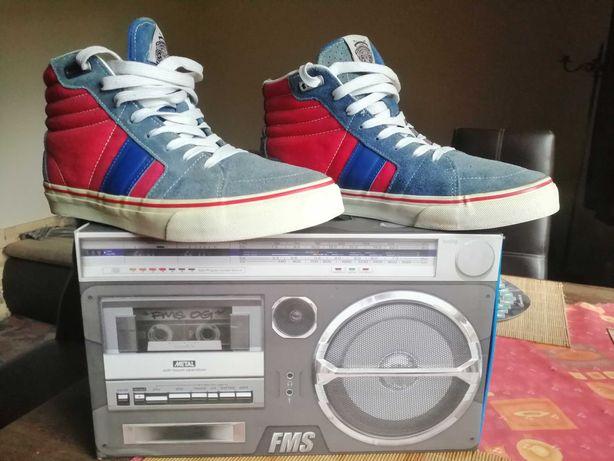 buty, trampki FSAS wyprodukowane przez Vans