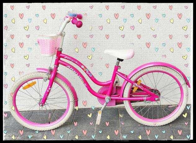 Rower dla dziewczynki Arkus Różyczka