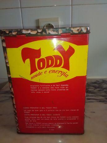 Lata muito antiga Toody
