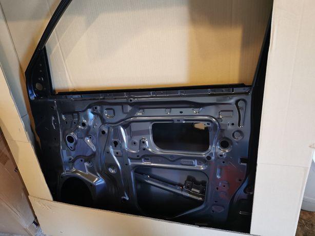Продам новую дверь Lexus lx 450d/570