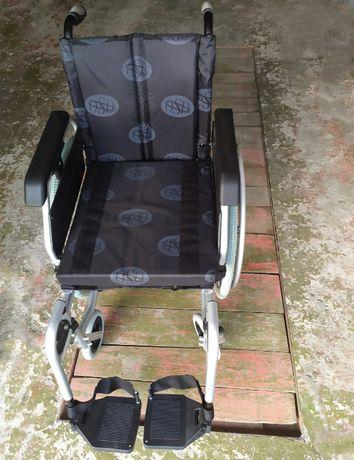 Продам легкую инвалидную коляску OSD Light Modern