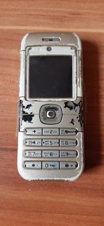 Мобільний телефон Nokia 6030 в робочому стані