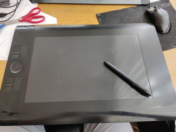 Графический планшет Wacom Intous 4 L (ptk-840)