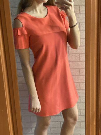 Krótka prosta sukienka różowa cold arms sylwestrowa streetwear vintage