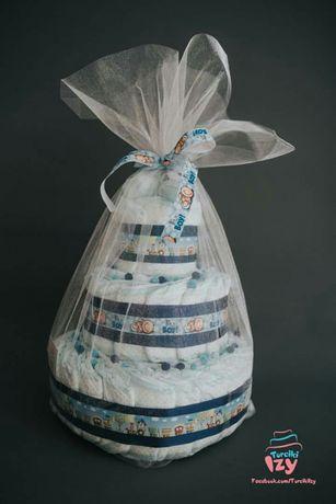 Tort z pieluszek pampersów